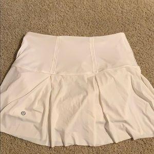 Dresses & Skirts - Lululemon White Tennis Skirt